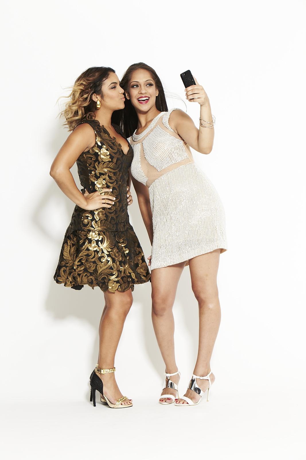 Cosmo for Latinas   Magazine Real Girl Fashion. Photo: Joshua Pestka.
