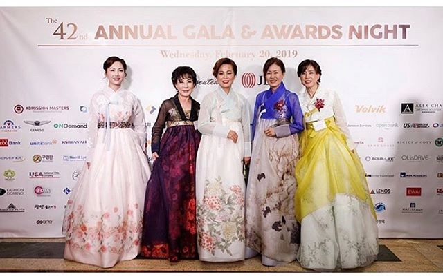 #TBT The gorgeous boss ladies from the Los Angeles Korean Chamber of Commerce we had dressed for their 42nd Annual Gala Party. 🎊 We are so honored to have dressed each of these inspiring women in couture modern hanbok gowns, as they pave the way for strong women who make an impact to our community! 👊🏻💪🏻 #bossladies #bosswoman #koreanchamberofcommerce #lachamberofcommerce #LEEHWA #LEEHWAwedding