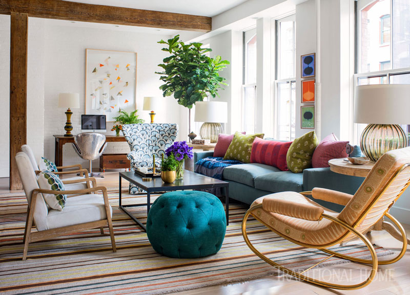 Modern and traditional forms come together in this eclectic, jewel-toned living room.  Photo via Traditional Home ~ traditionalhome.com