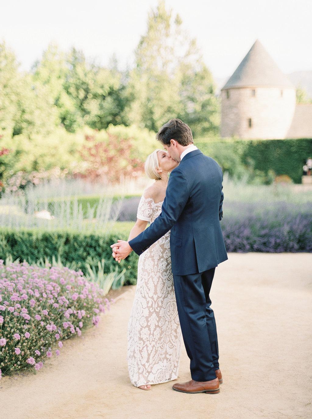alegria-by-design-wedding-planner-planning-event-design-santa-barbara-day-of-coordinator-kestrel-park-santa-ynez-fields-castle-lavender-garden-mrs-box (37).jpg