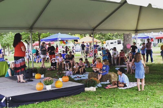 Don't forget to come out today for the Belmont Bash! 1-5pm with Live music, @craftcville and food trucks!  Kids activities include:  @dmradventures 1:15-3pm Freckles N' Friends 3:15-5pm Face painting 2-4pm And @foxborofarmpettingzoo
