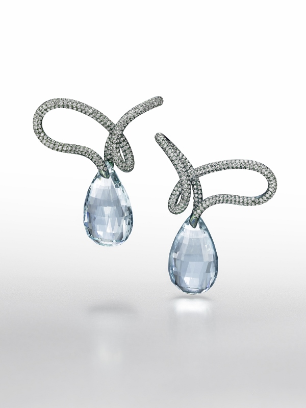 """Tie that Knot"" earrings in titanium with 56.17 carats of aquamarine briolettes and 4.72 carats of diamonds."