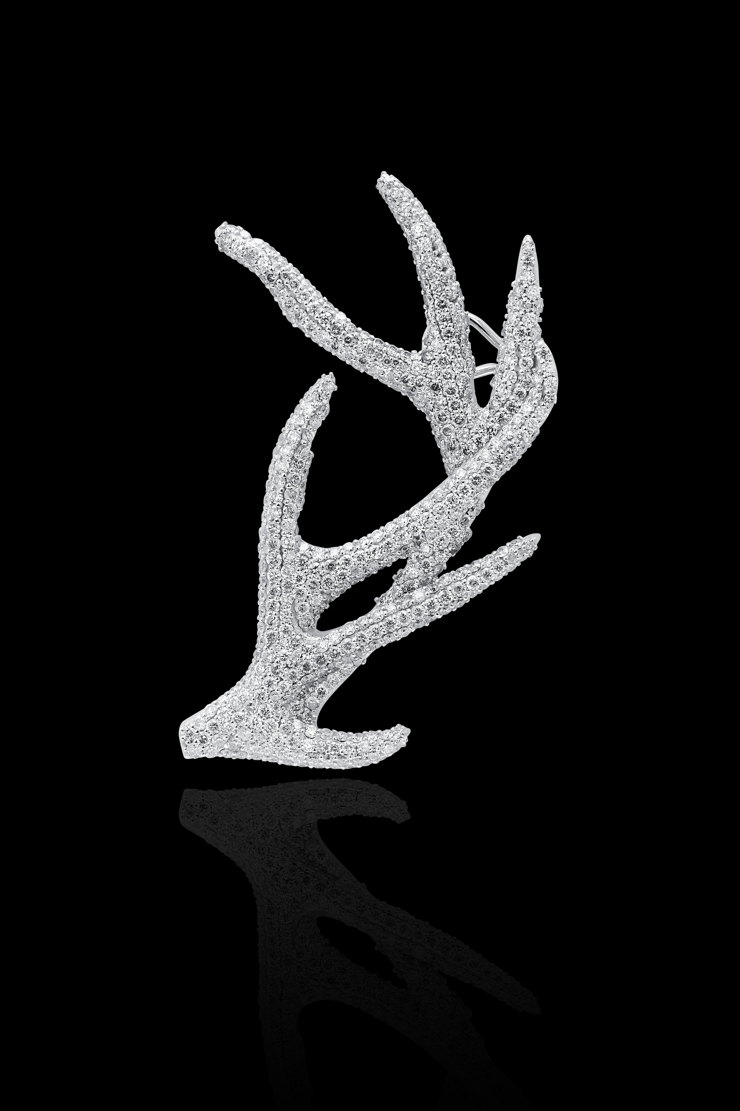 From her new Desire collection, a diamond and white gold ear cuff.