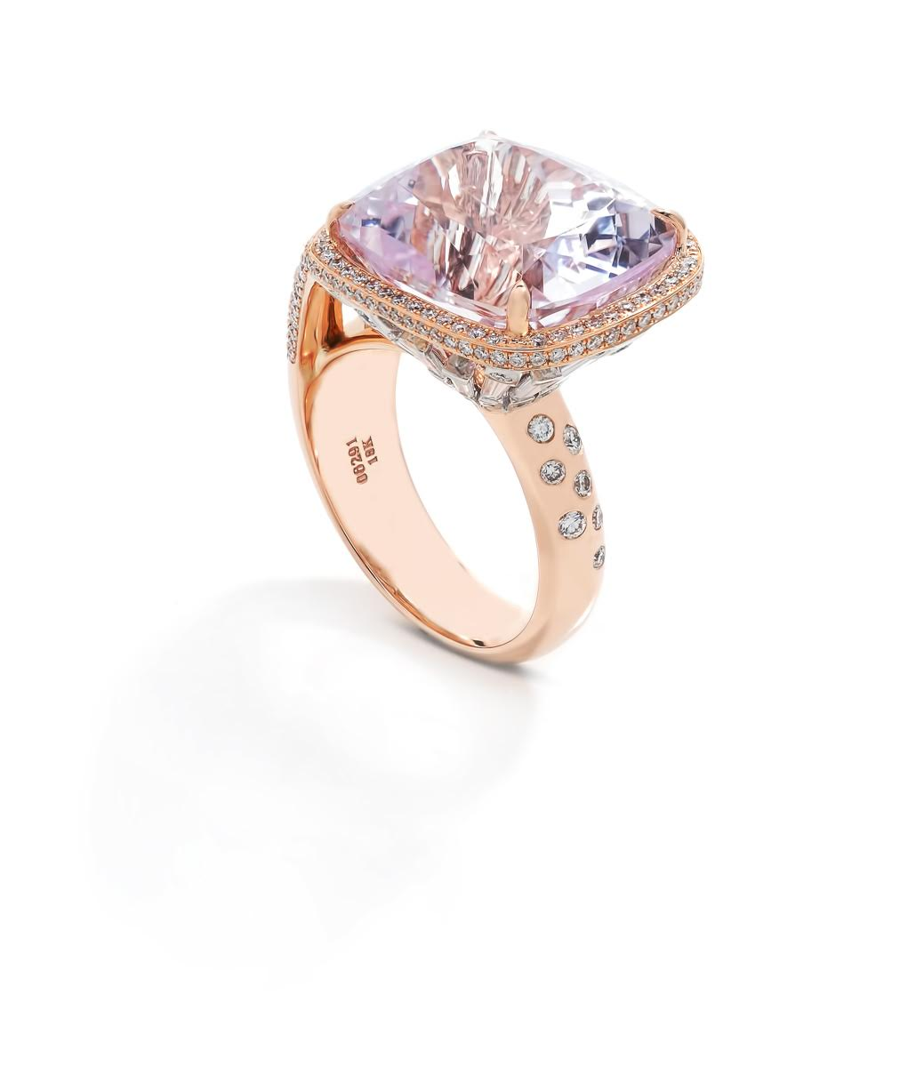 Trinity ring in 18k rose gold with a cushion-cut kunzite and diamonds.