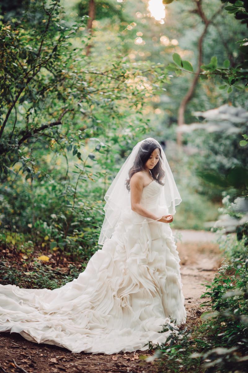 Brooklyn NYC Wedding Photographer Boris Zaretsky Central Park Wedding Photoshoot-24.jpg