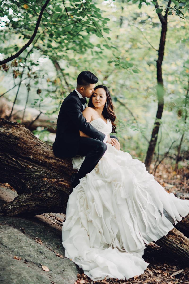 Brooklyn NYC Wedding Photographer Boris Zaretsky Central Park Wedding Photoshoot-29.jpg