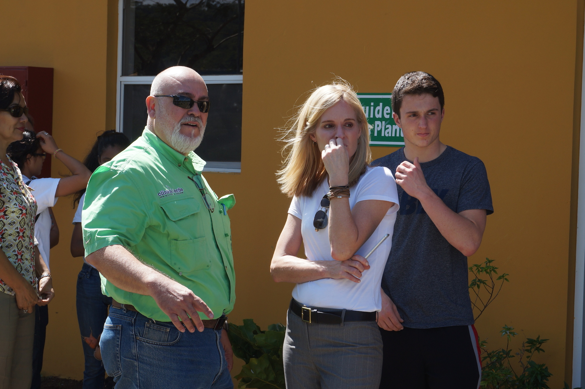 Susan Dix Lyons, d.school fellow and founder of Clinica Verde (center) stands alongside Clinica Verde general manager Rafael Morales (left).