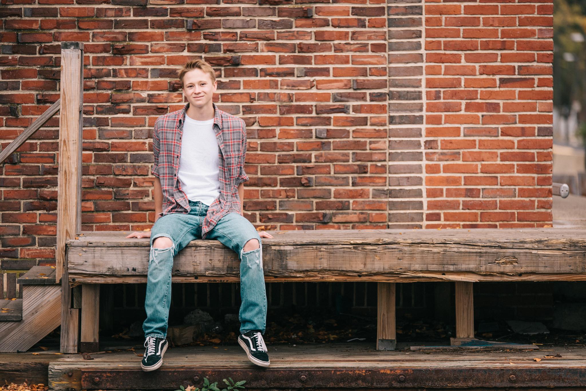 Senior_portraits_JaredZaval_Manchester_LOJP2017_14.jpg