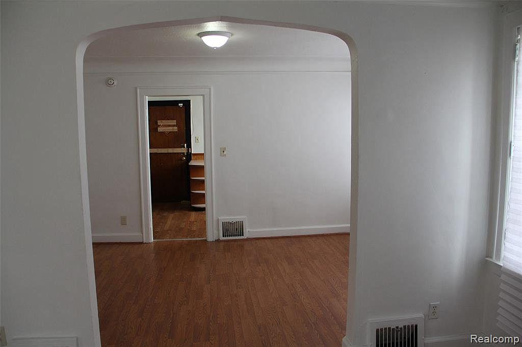18315 Prairie Dining Room.jpg