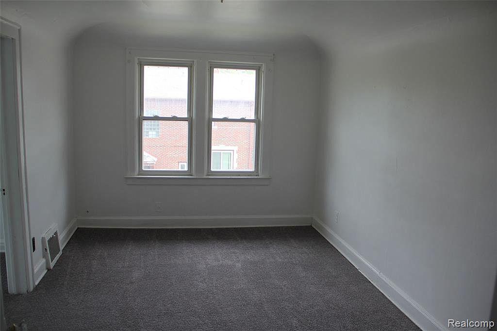 18315 Prairie Upstairs Bedroom.jpg