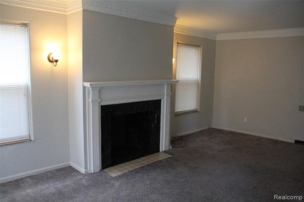 17133 Roselawn-lower Living Room.jpg