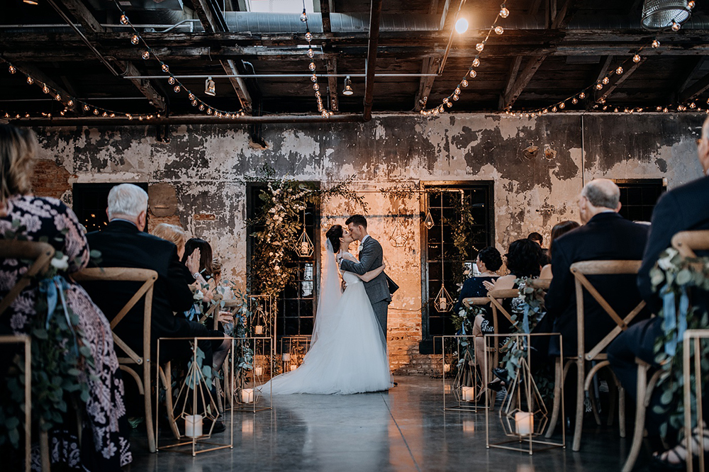 modern-baltimore-mill-house-wedding-58.jpg