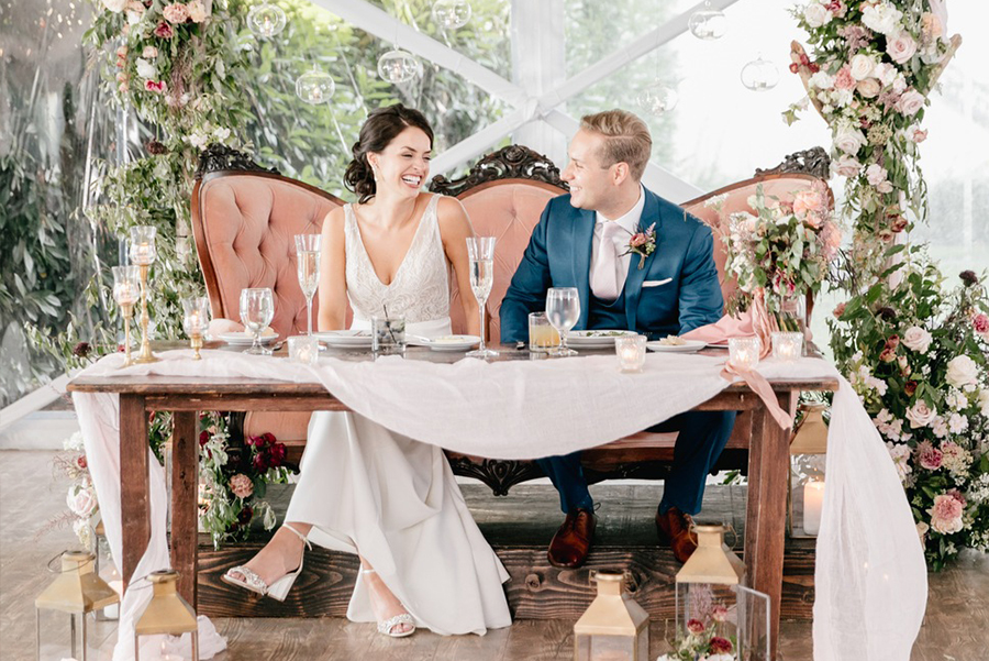 Romantically Chic Riverside Wedding At Glen Foerd - Featured On Ruffled | October 24, 2018