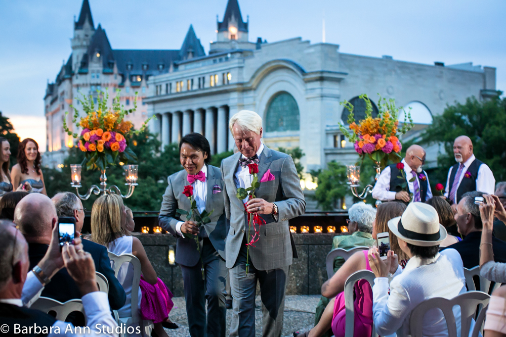 Glam, Sunset same-sex wedding  |  www.justloveweddings.ca