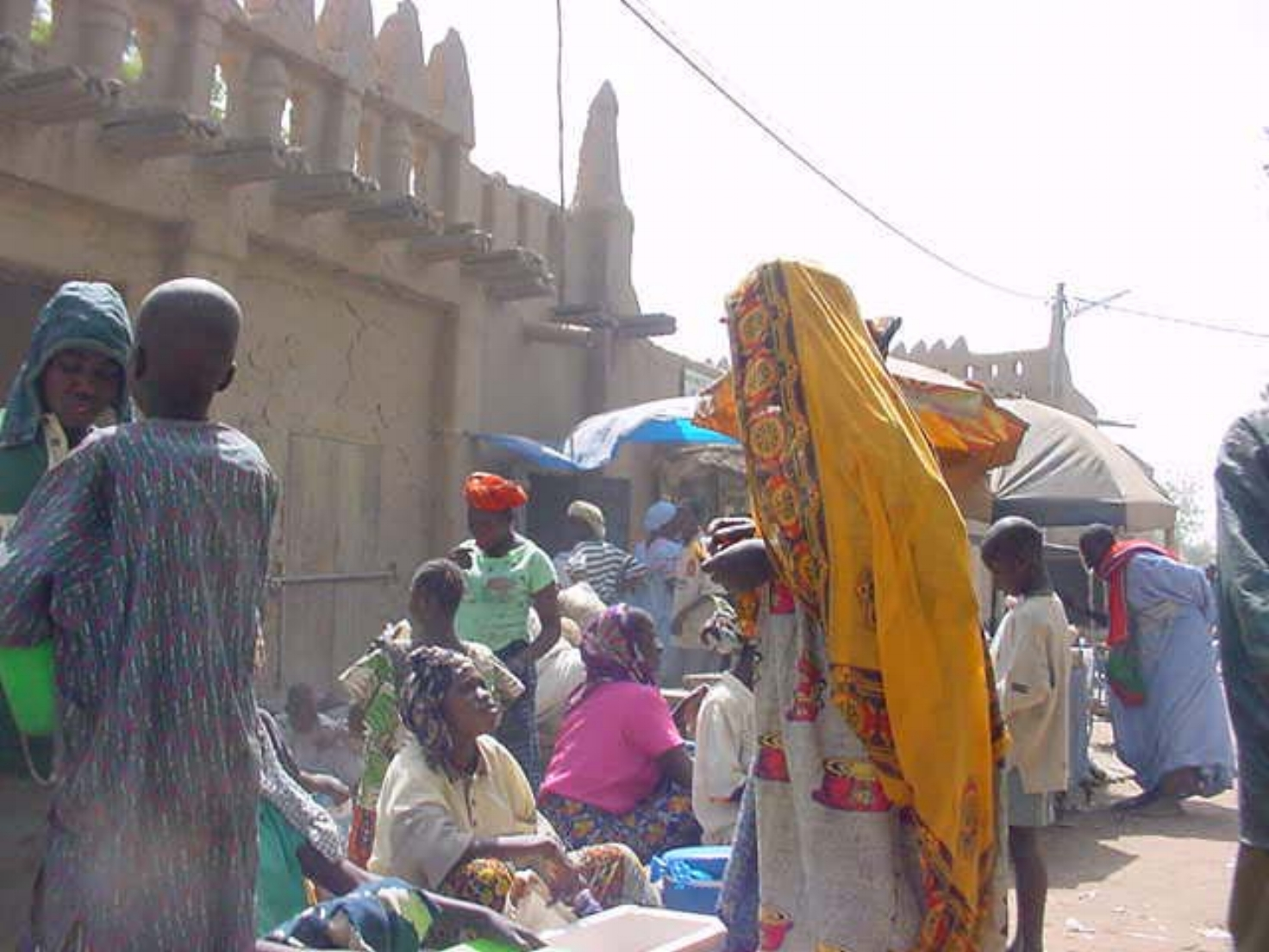 The market with mud homes behind