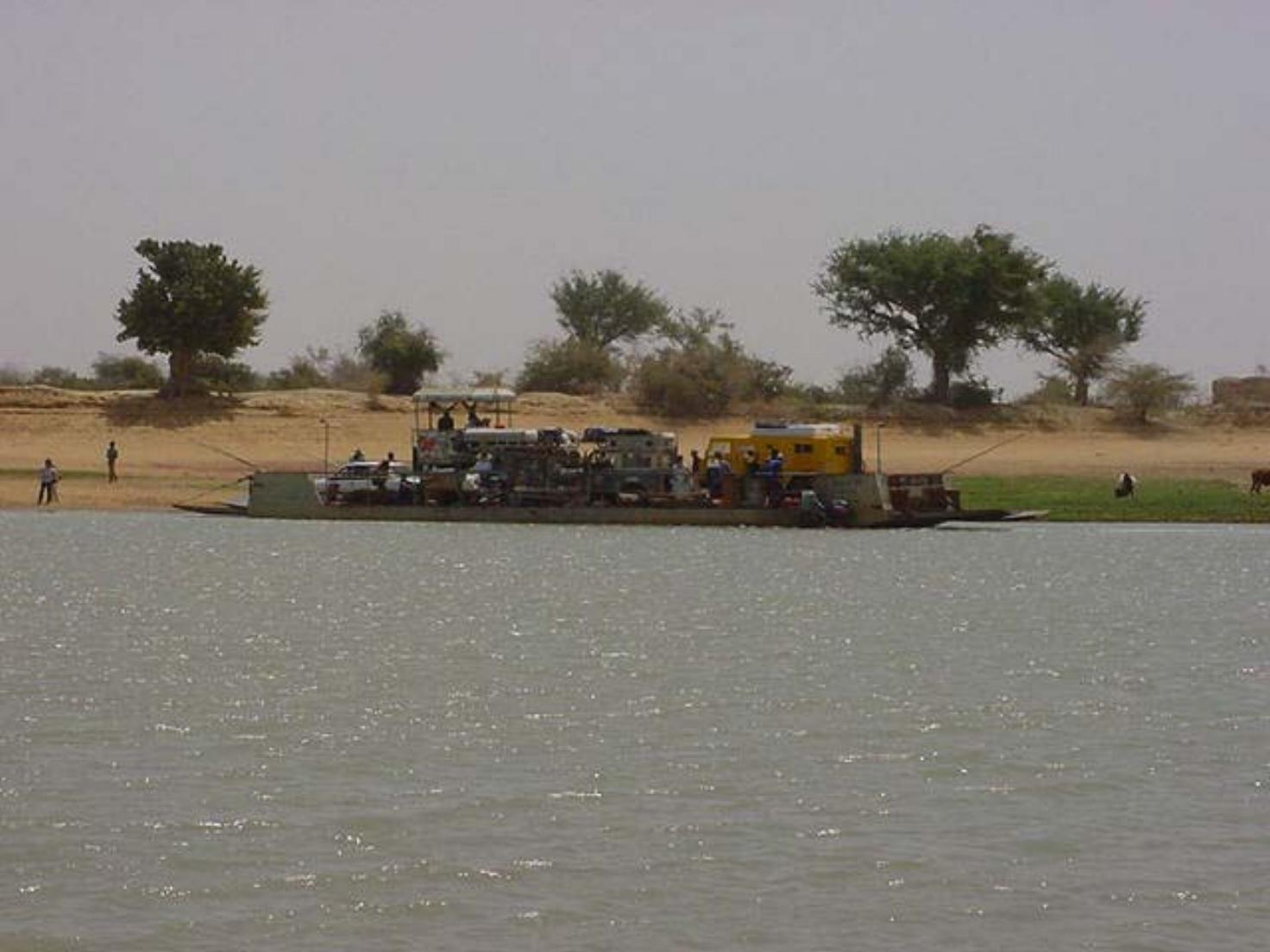 Crossing the Bani River