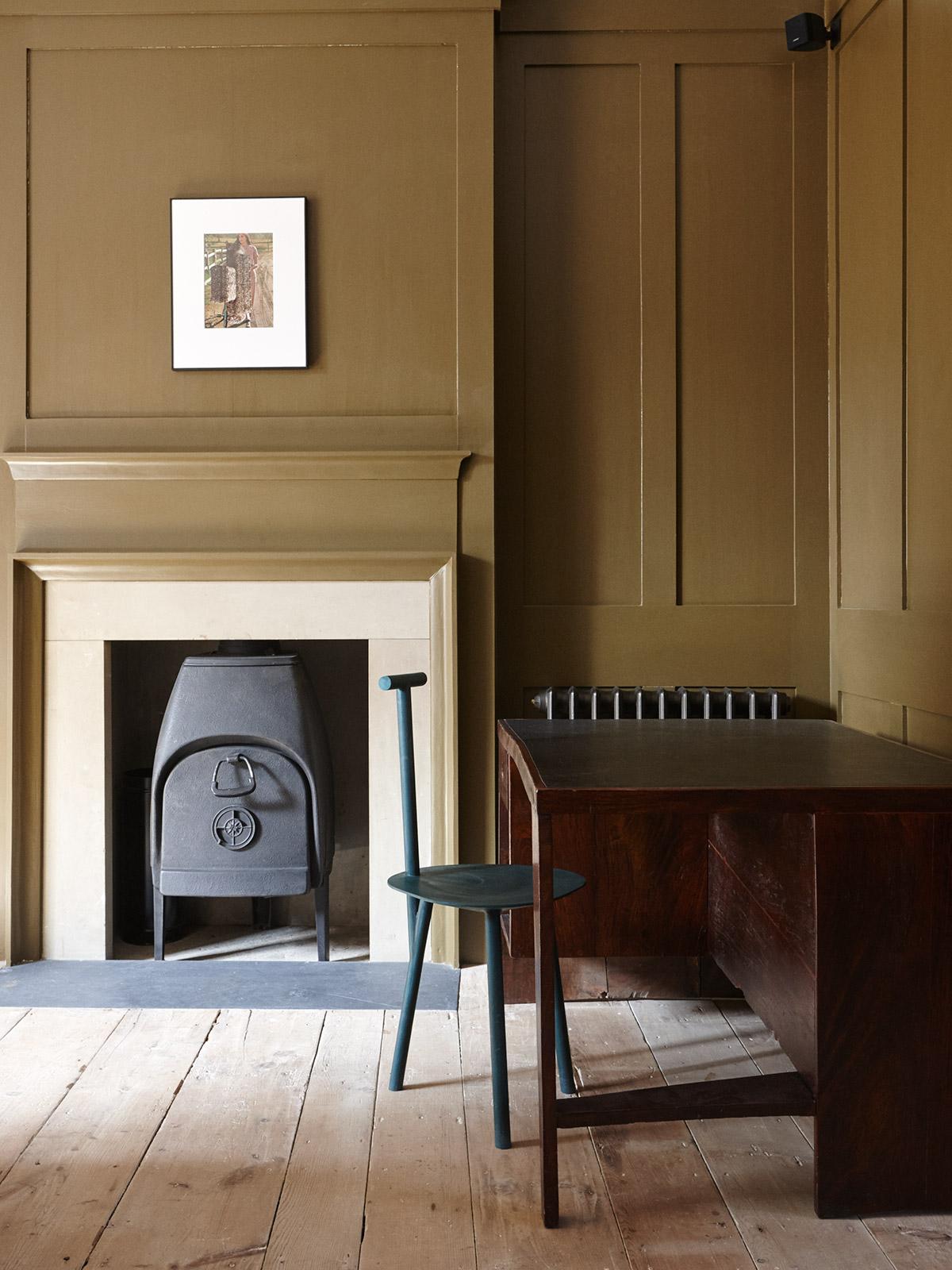 New-Road-Residence-London-Remodelista.jpg