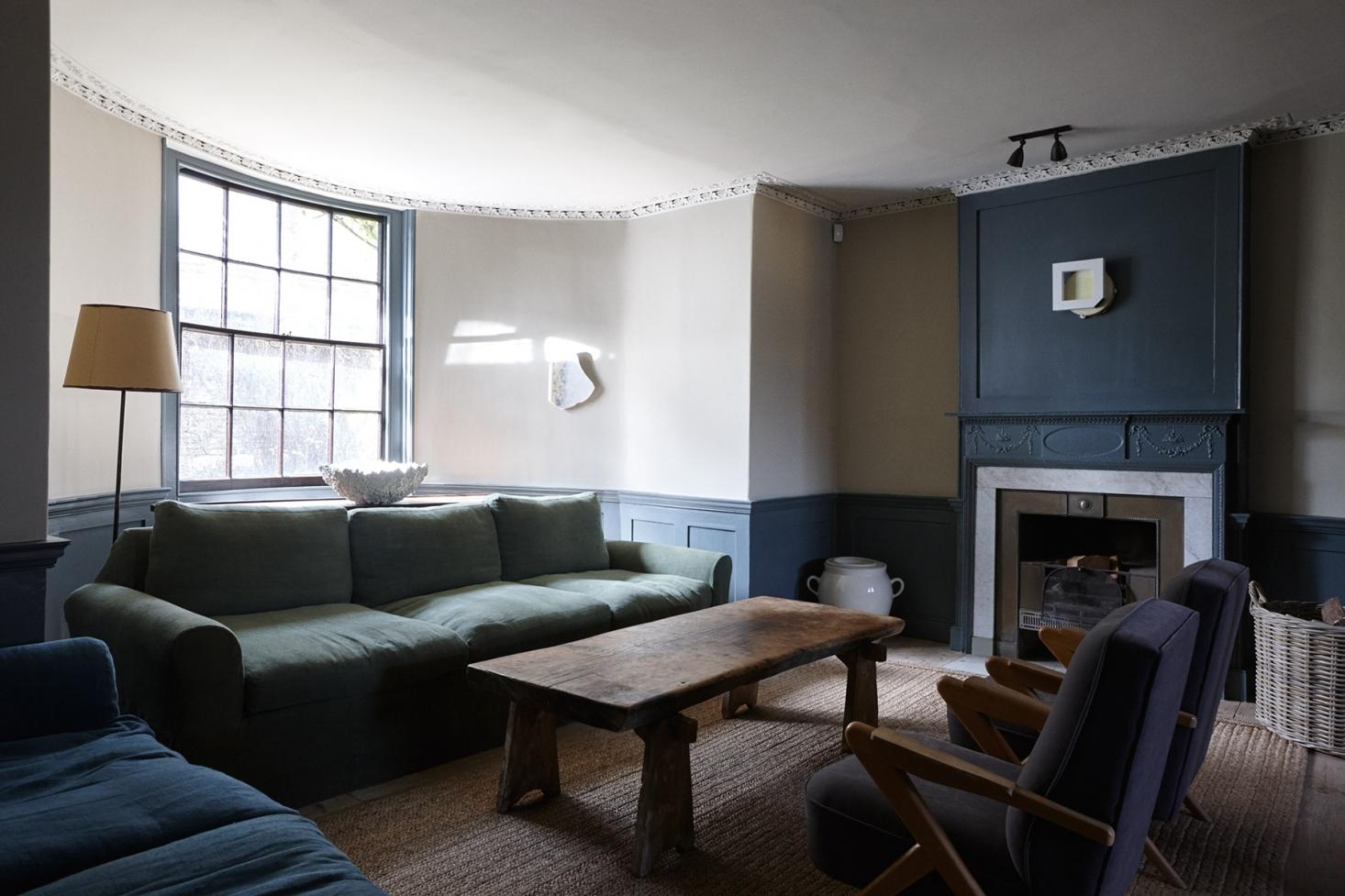 New-Road-Residence-London-living-room-Remodelista-1466x977.jpg