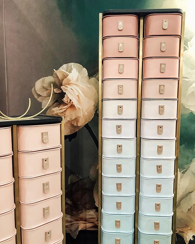 What can I say. I'm a sucker for exquisite storage 🌿🧡 #denfair