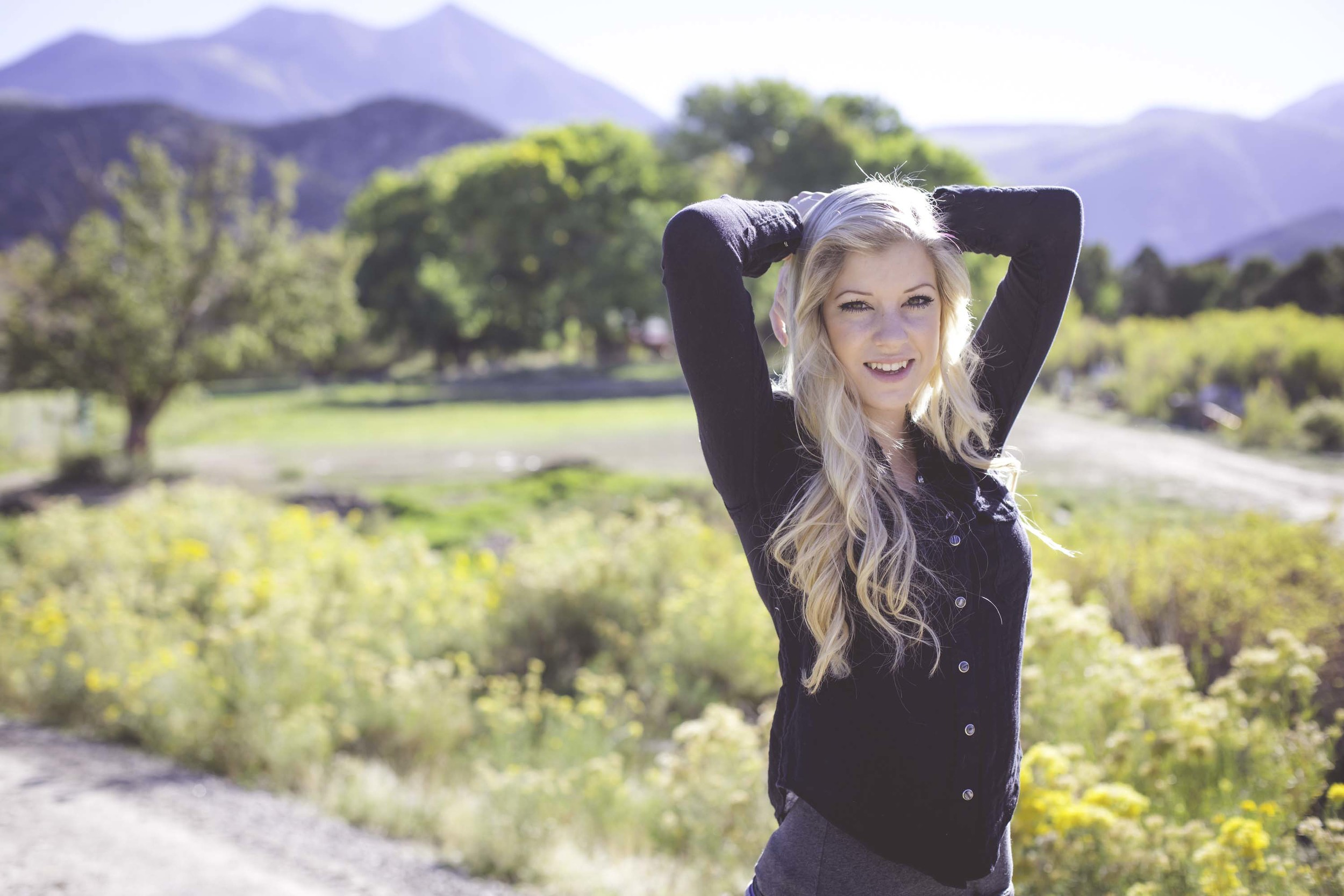 Moab Utah Senior Portrait - KaLeigh Welch Photography