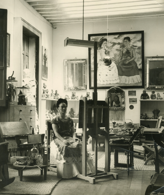 Fritz Henle - Frida in her Studio c1943 - gelatin silver print, vintage - Courtesy of Throckmorton Fine Art, Inc - © Fritz Henle Estate - Supplied by Art Gallery of NSW