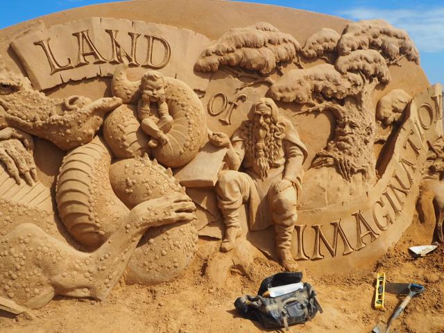 sandsculptingaustralia01.jpg