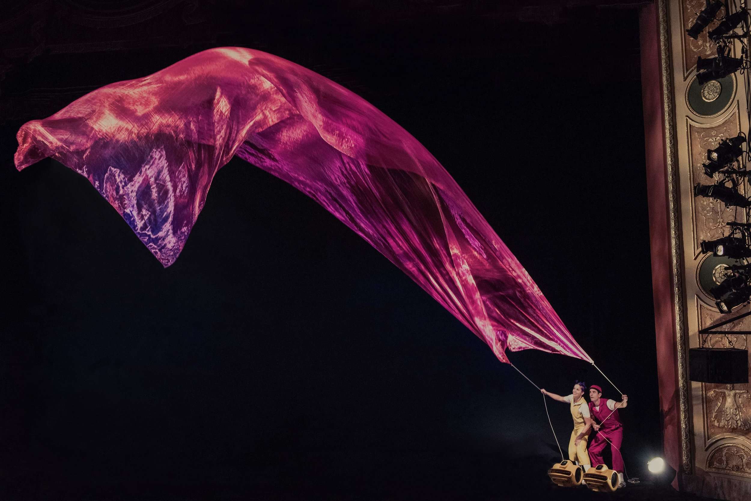 Air Play - Kite - Photo credit: Florence Montmare