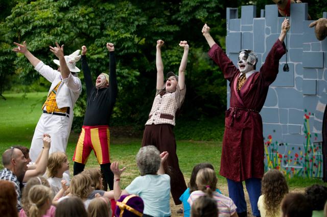 Photo credit:Australian Shakespeare Company