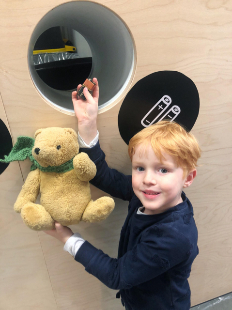 Battery Recycling at Ikea Richmond VIC - Photo credit: @kateflatman @busycitykids