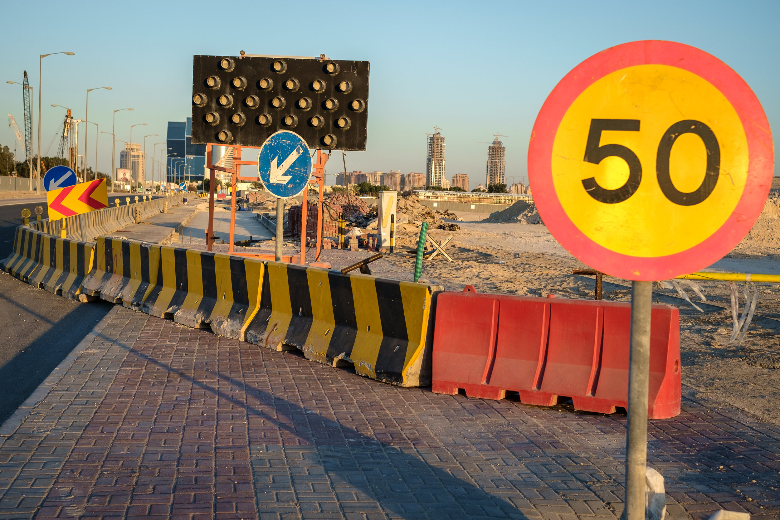 Living in Doha, means living in a veritable construction site. The landscape often changes as roads are laid and developments are realized.