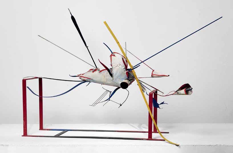 Auke de Vries: ohne Titel, 2012, Metall, bemalt; ca. 90 x 140 x 60 cm