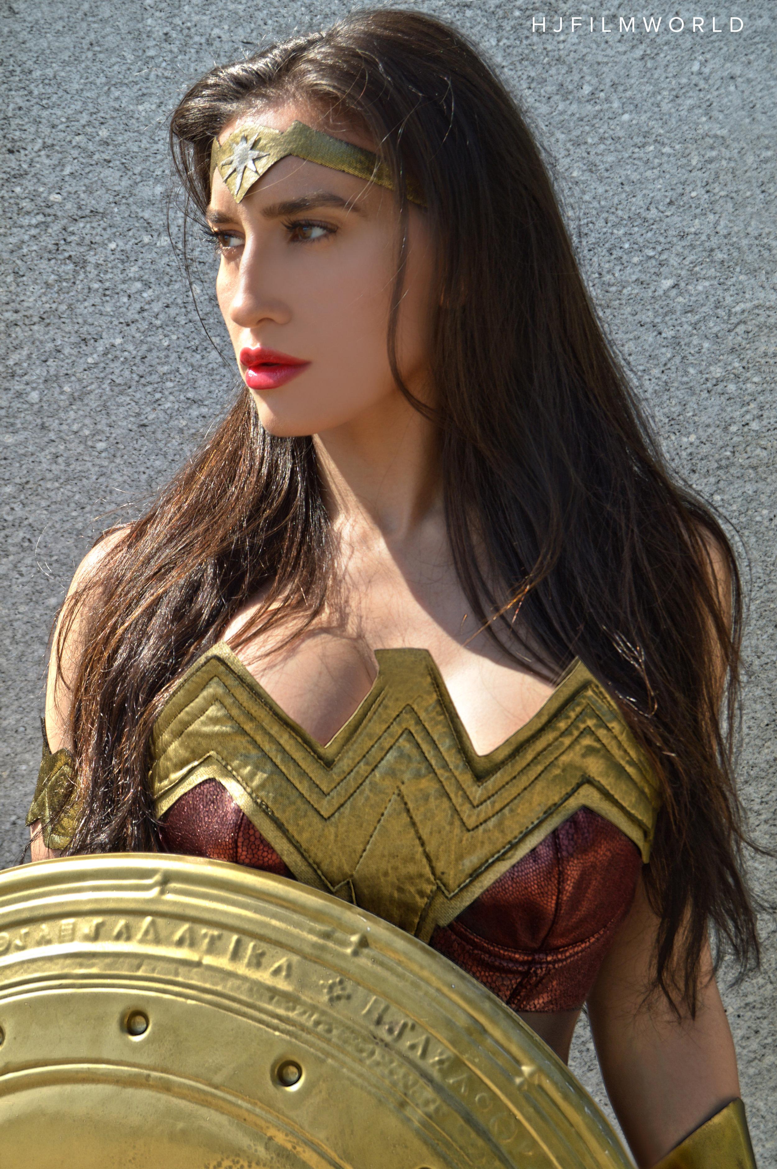 Model: Mariesa Streett