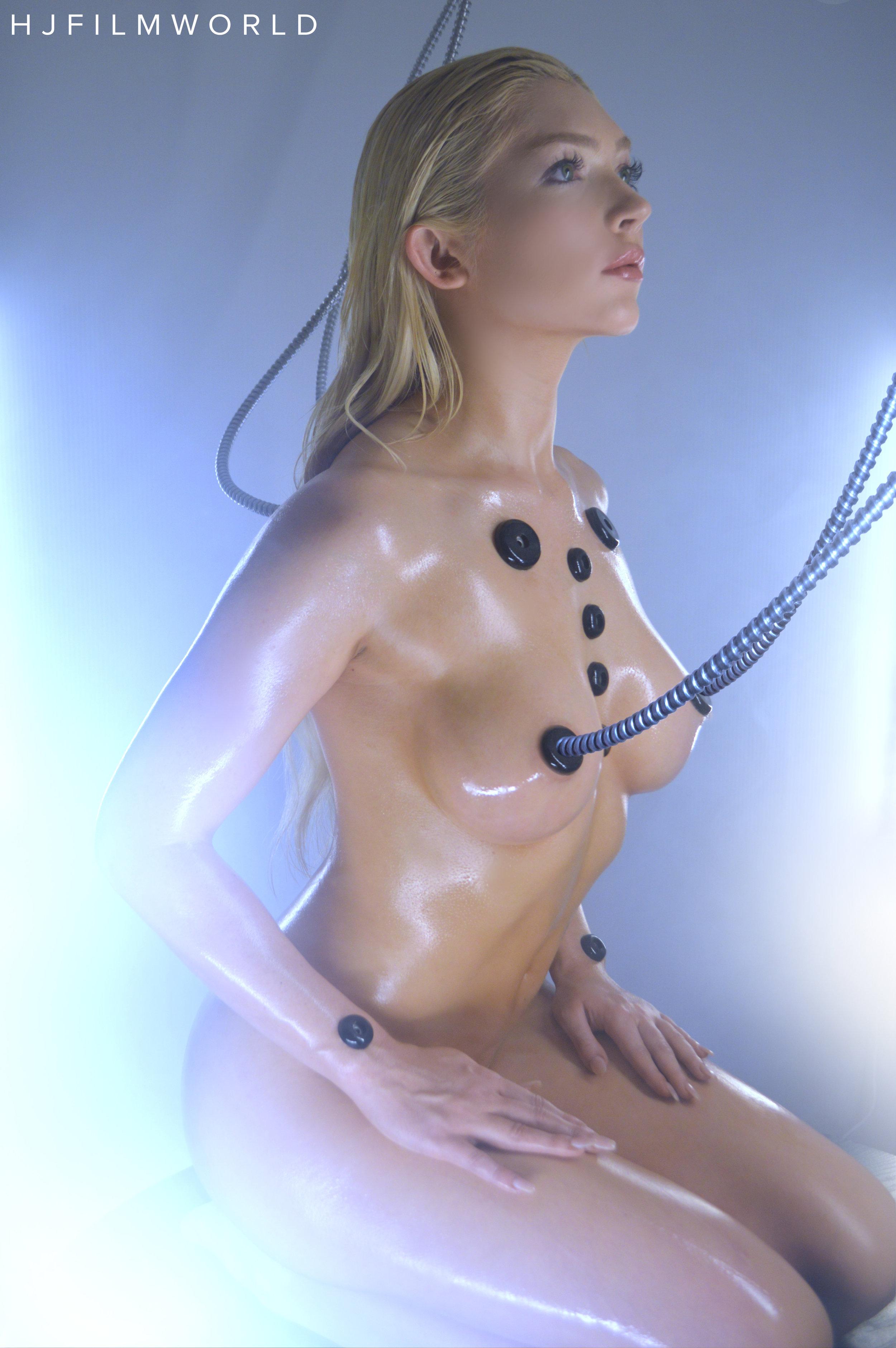 Model: Alyssa Marie
