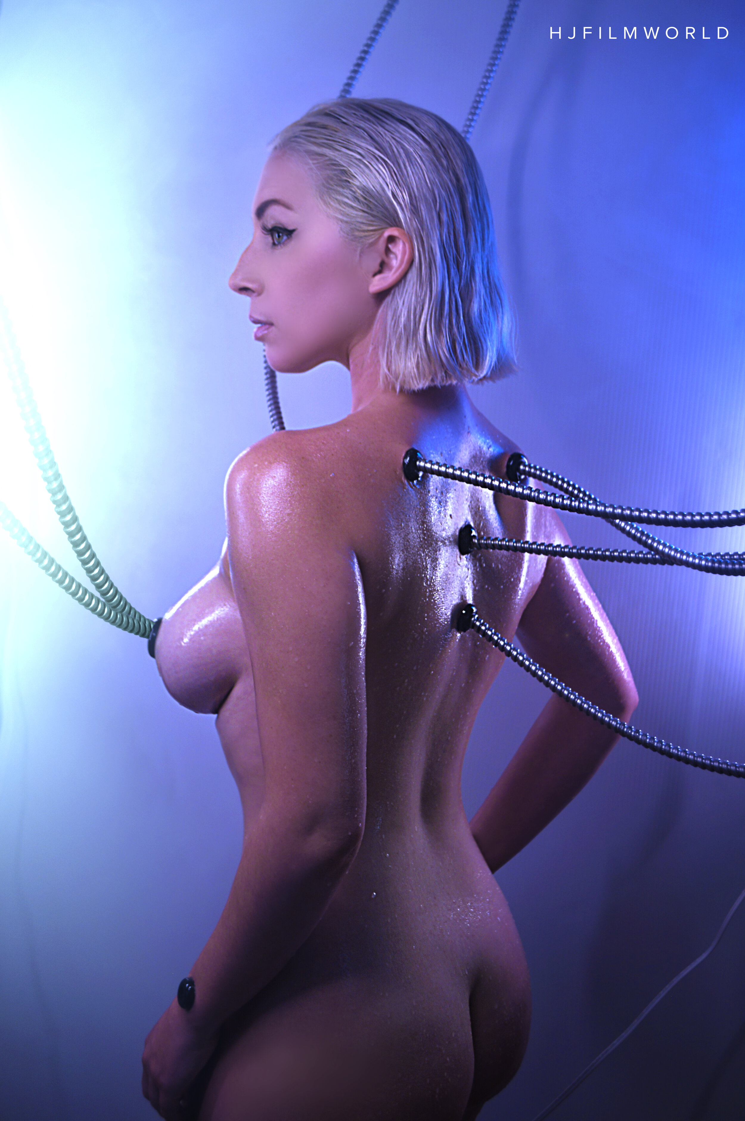 Model: Hanna Lee
