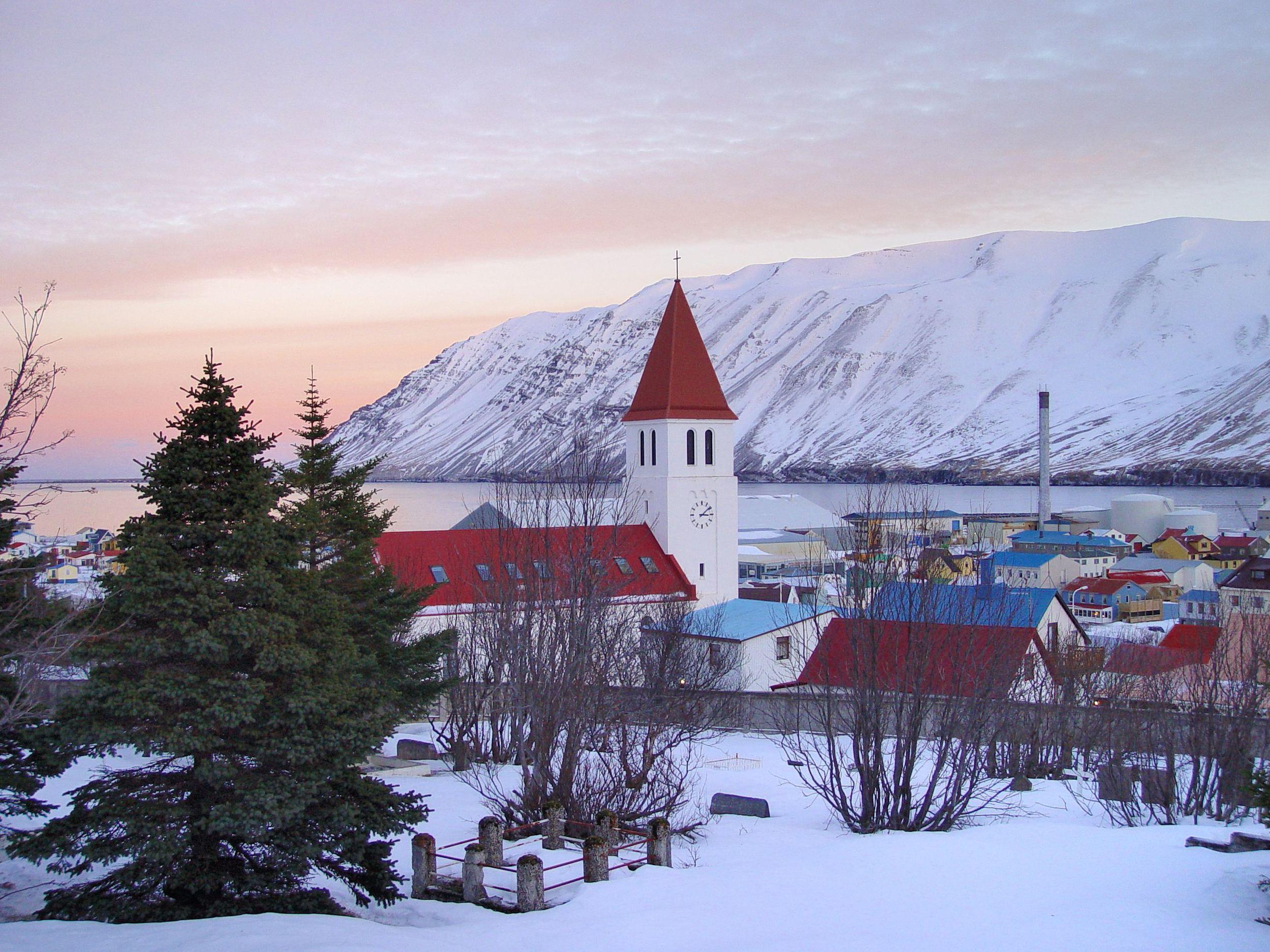 The town of Siglufjordur. Photo © Sigurður Ægisson