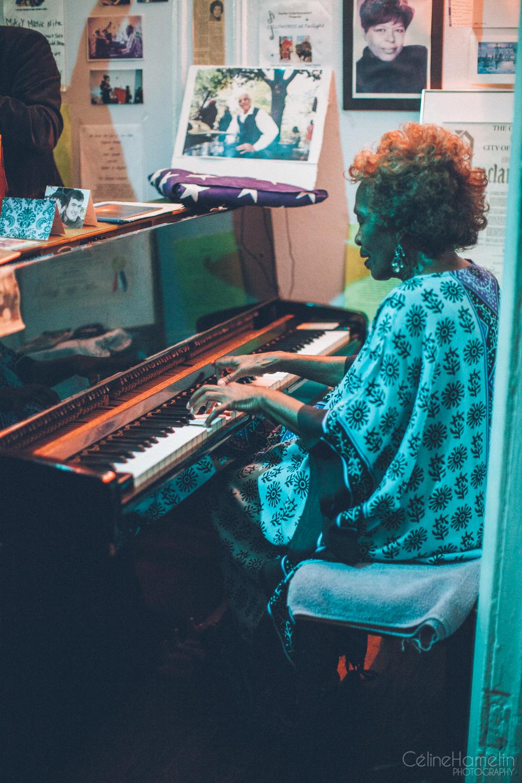 (13-12-01) Soho Harlem-8785.jpg