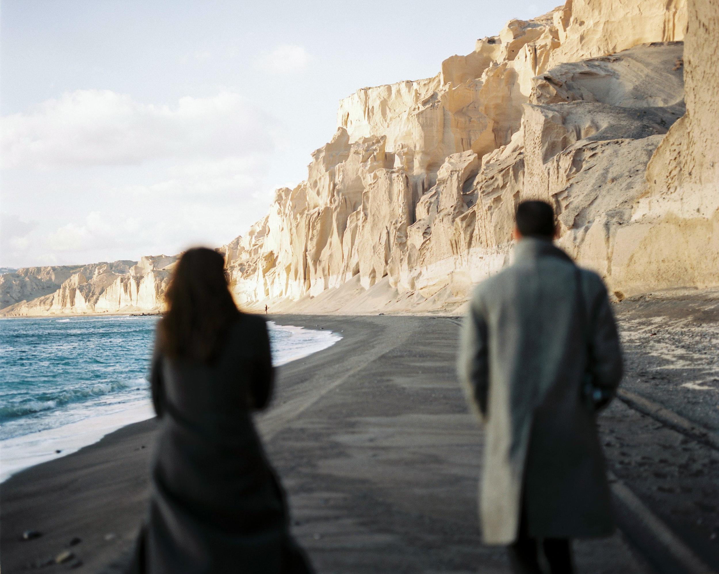 celinehamelin-photographe-couple-argentique-loversession-grece-santorin-argentique-filmphotography-greece18.jpg