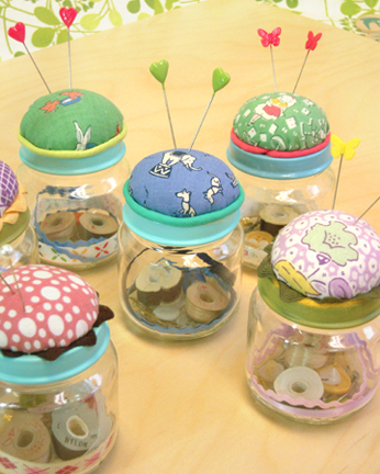 07_slideshow_pincushions.jpg