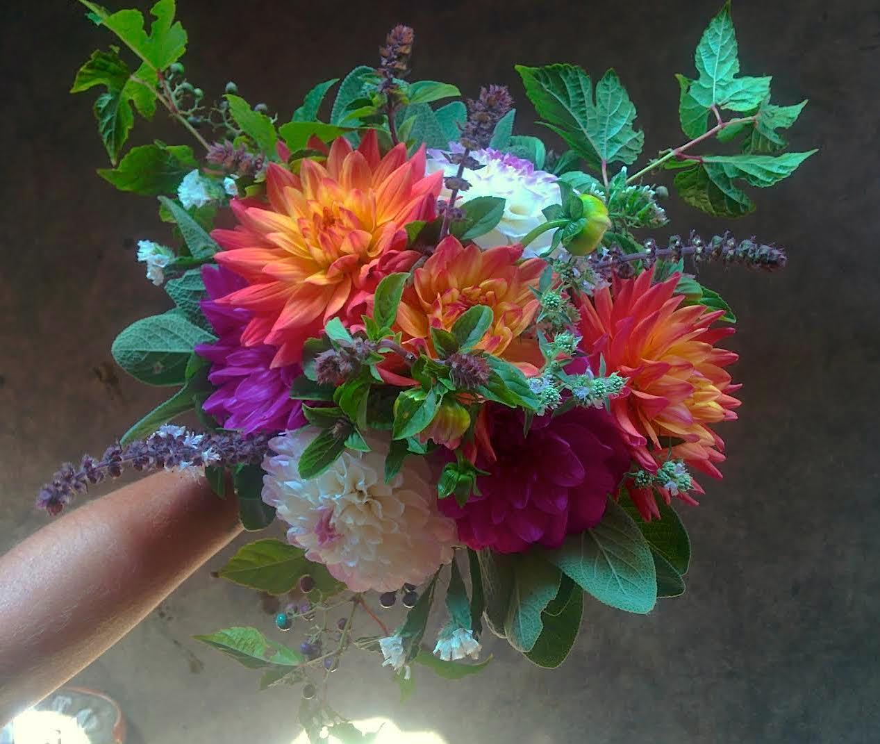 Summer_Bridal_Bouquet.jpg
