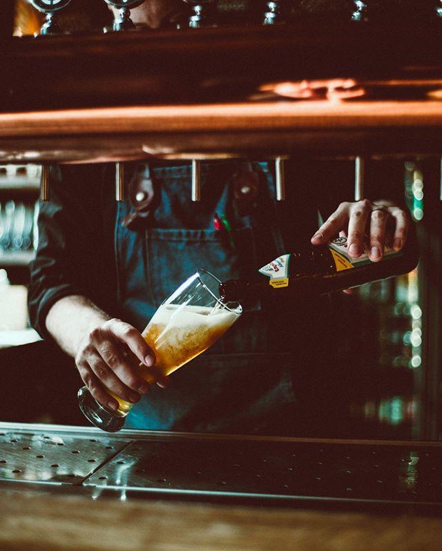 Kellä muulla syyskuu on ollut yhtä hullunmyllyä? Onneksi kiireiden jälkeen perjantaiolut maistuu aina entistä paremmalta😏 Tervetuloa rentoutumaan oluen ääreen! #bierbierhelsinki