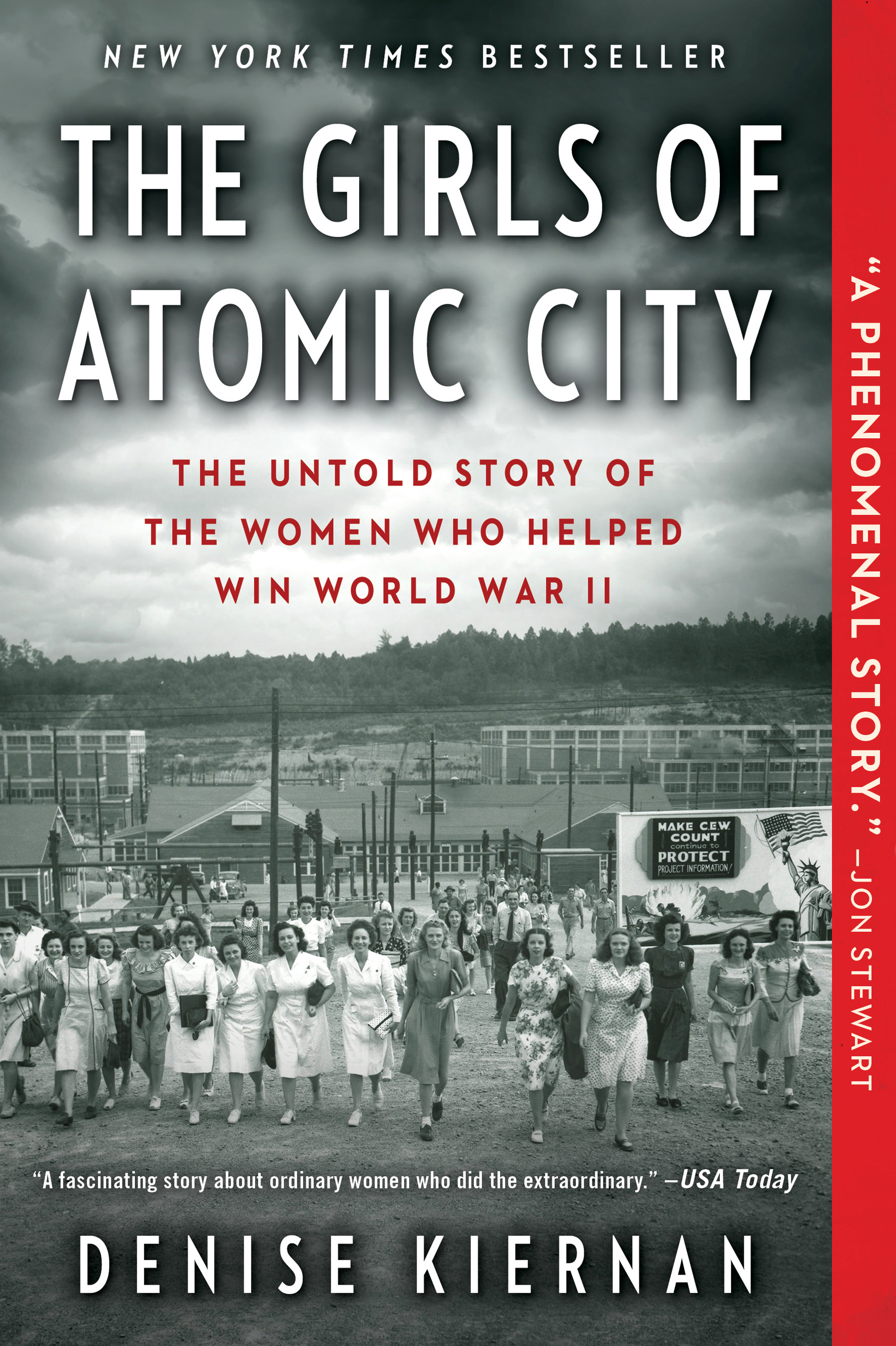 The Girls of Atomic City Paperback
