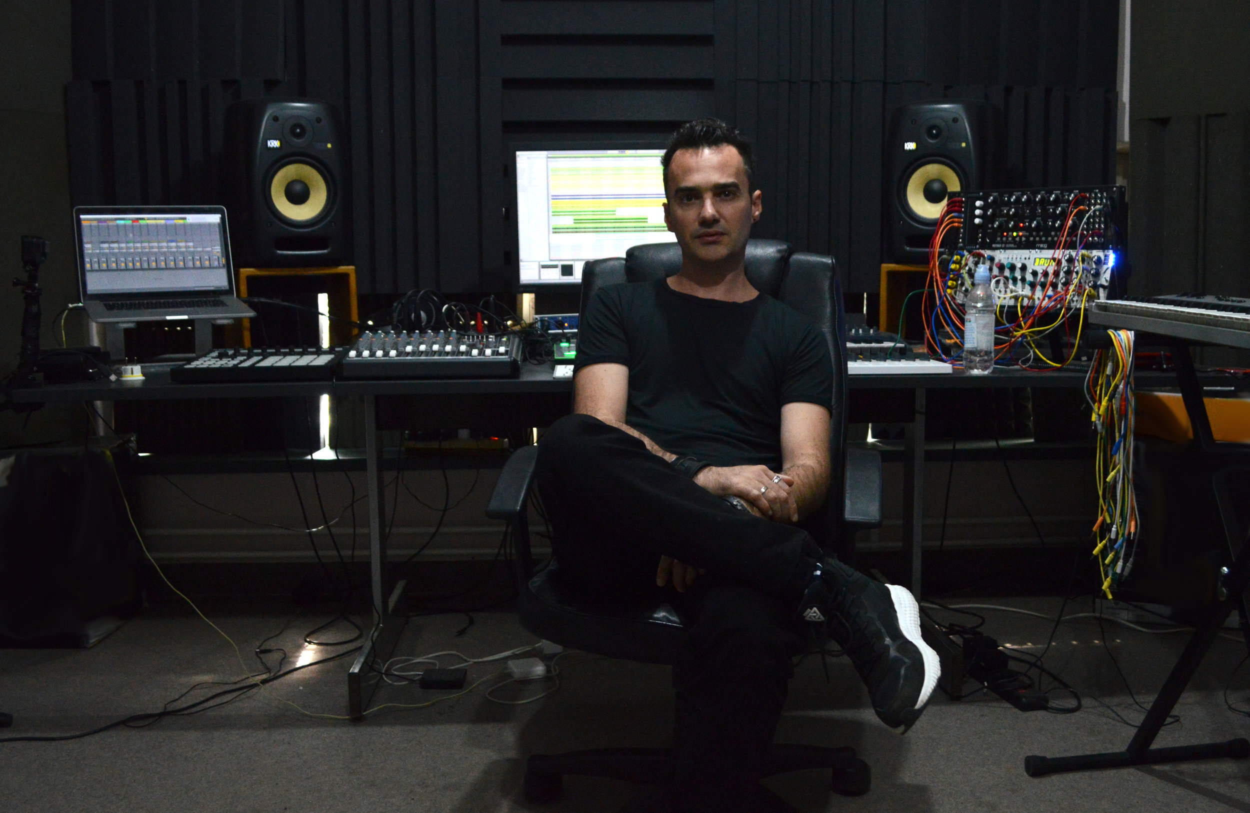 Sinisa Tamamovic studio.JPG