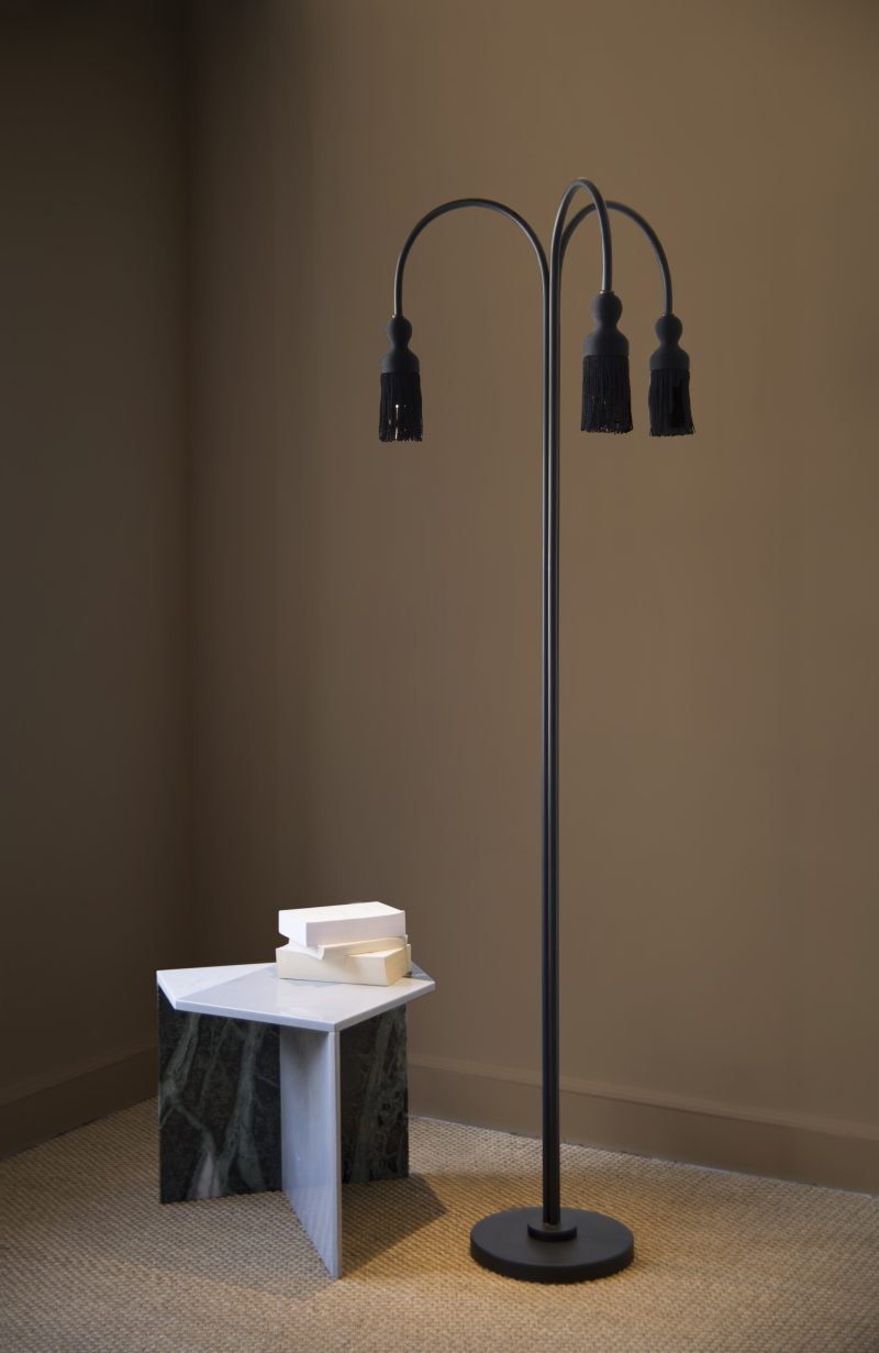 empire_floor_lamp_in_situ-800x1231.jpg