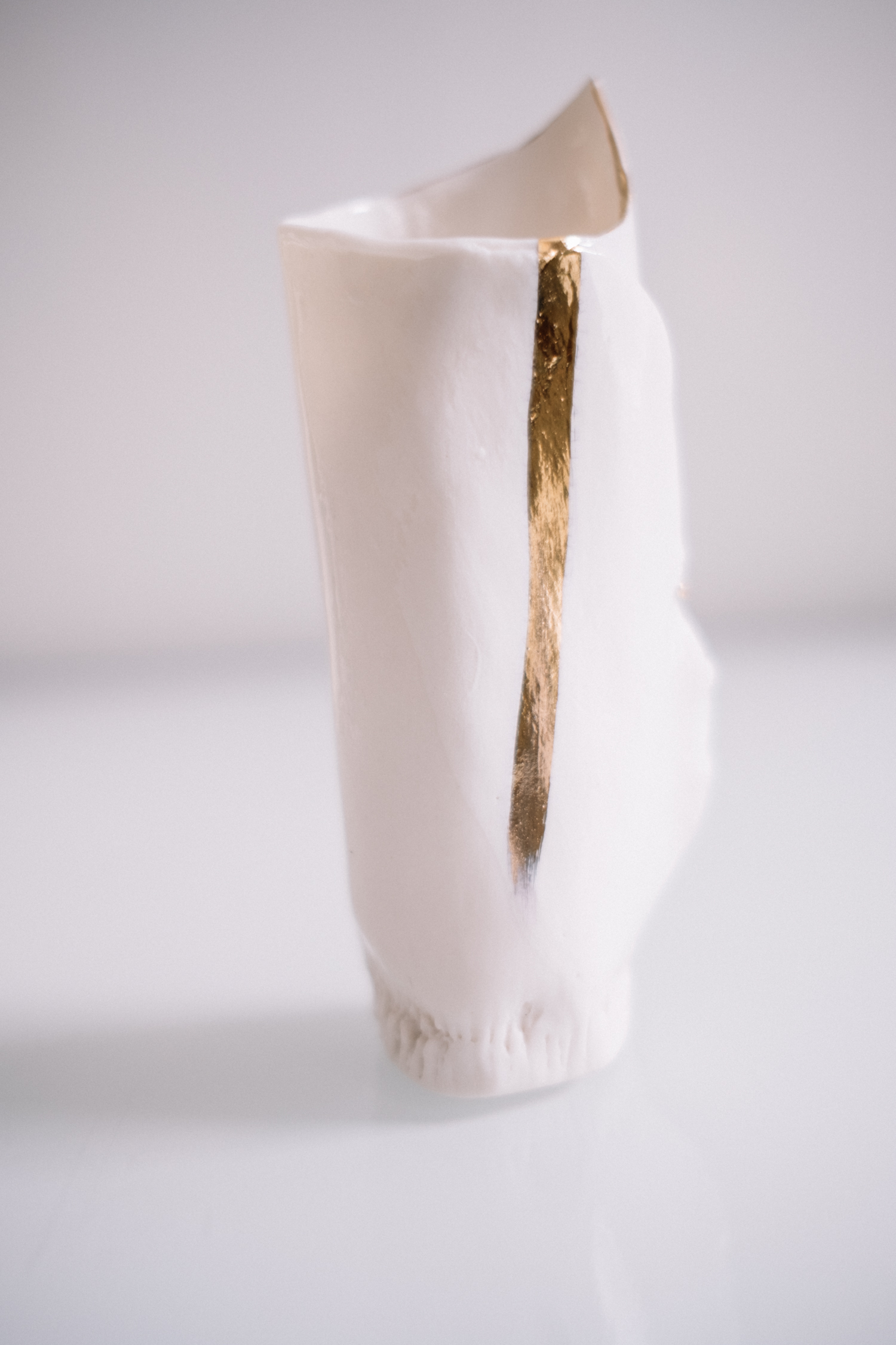 white vase 1 3.jpg