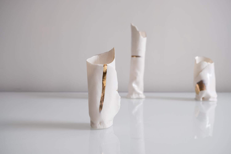 white vases-1.jpg
