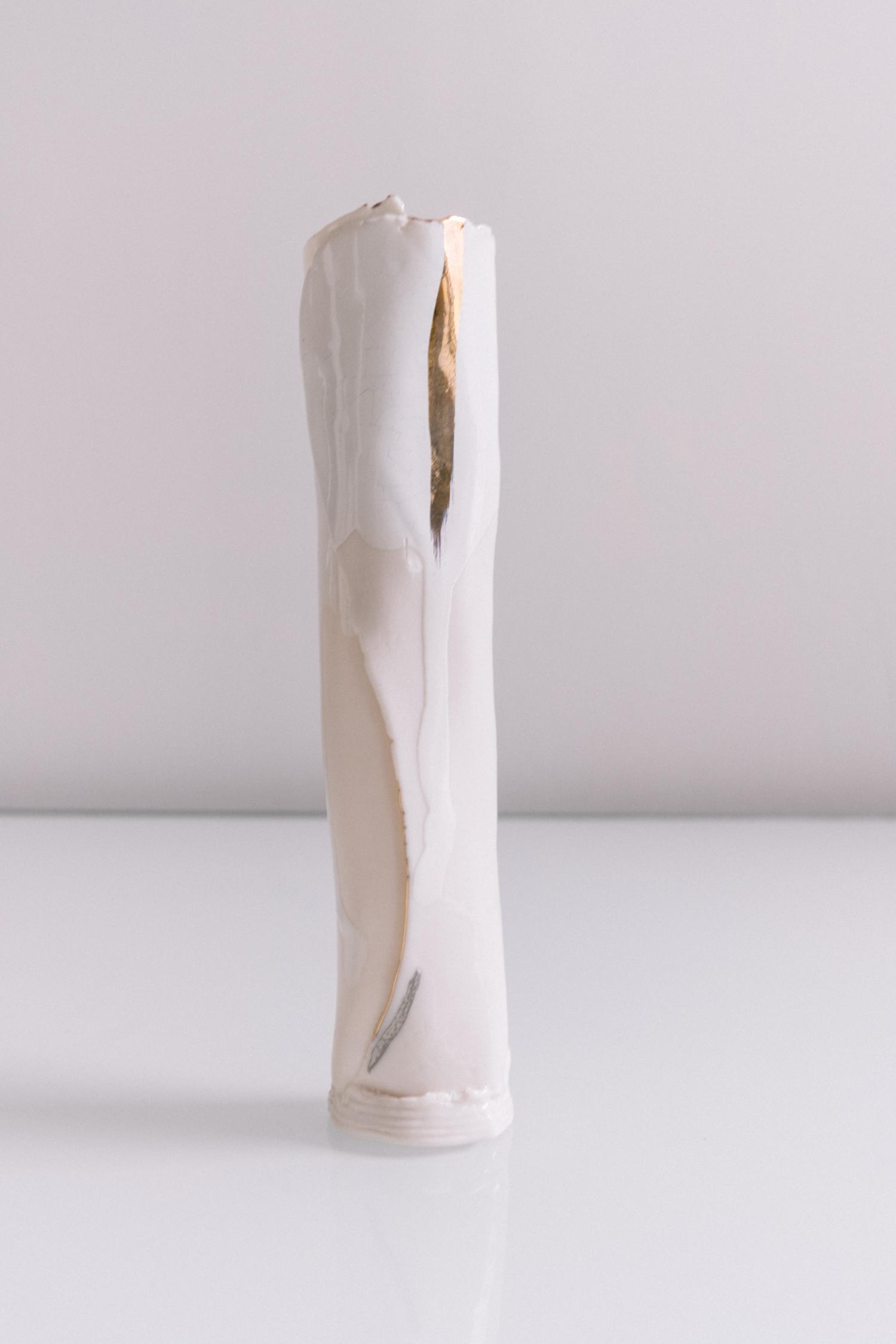 white vase 8 2.jpg