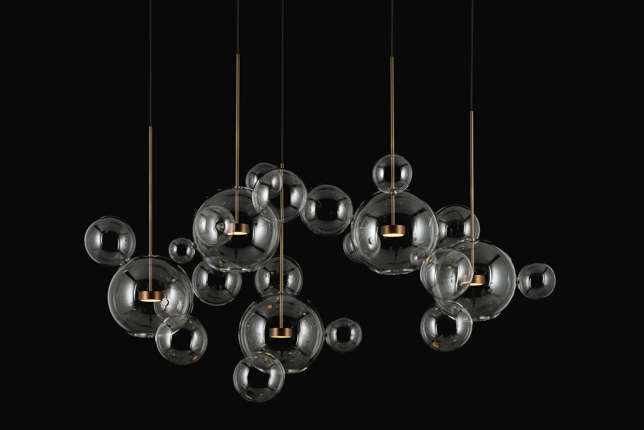 Giopato_Coombes_Bolle_Zigzag_Chandelier_24_Bubbles_Ph_FedericoVilla.jpg
