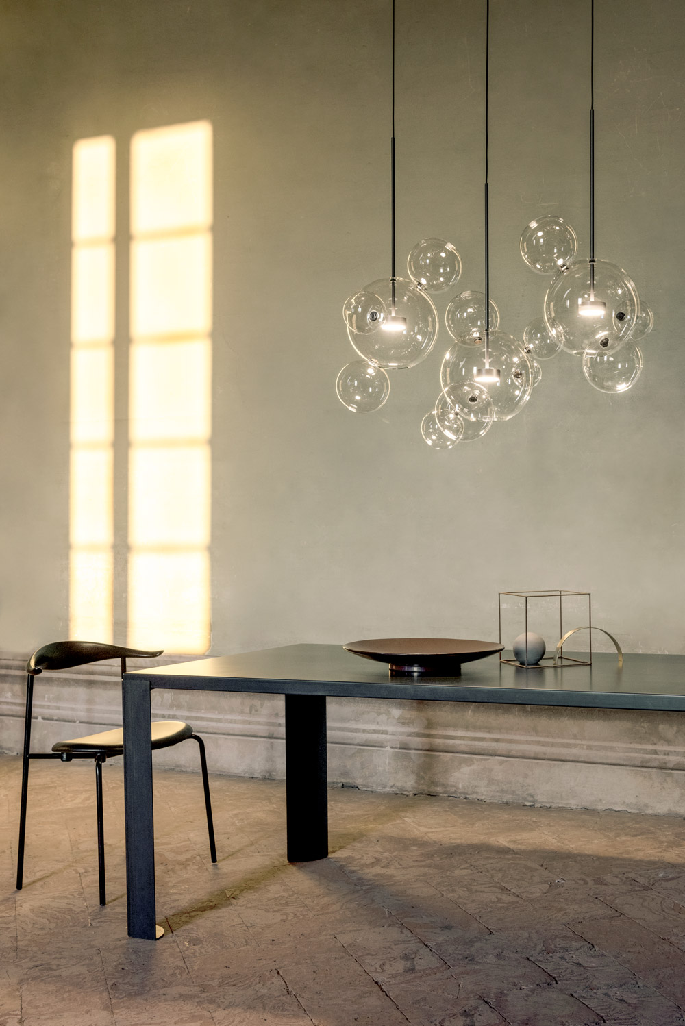 Giopato_coombes_Ph_Nathalie_Krag_2019_Bolle-Chandelier-14L_01_low.jpg