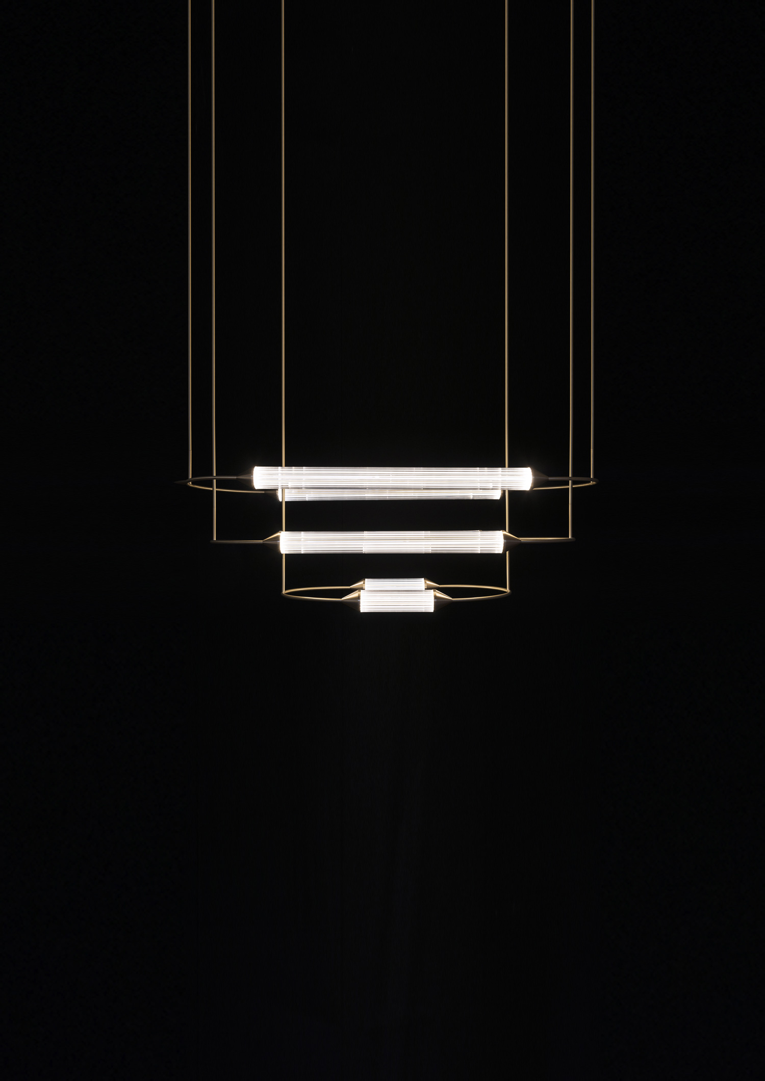 Giopato_Coombes_Cirque_Chandelier_2_Medium_2_Ph_JonBronxl.jpg