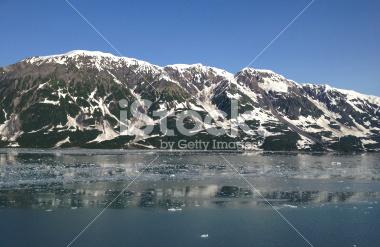 stock-photo-59555382-mountain-range-at-disenchantment-bay.jpg